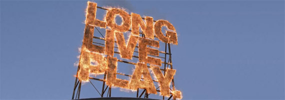 long live play (immagine della campagna playstation sony)